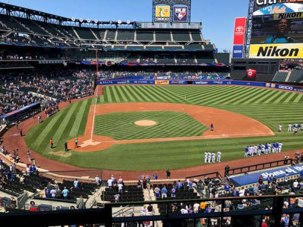 Citi Field, section: 314, row: B, seat: 1