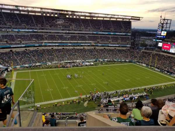 Lincoln Financial Field, section: 222, row: 9, seat: 24