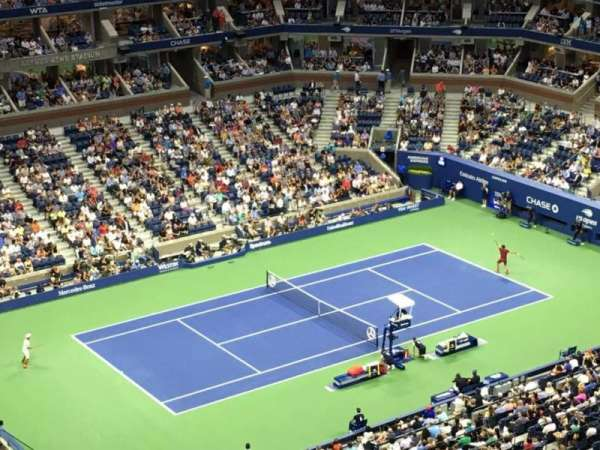 Arthur Ashe Stadium, section: 327, row: m, seat: 10