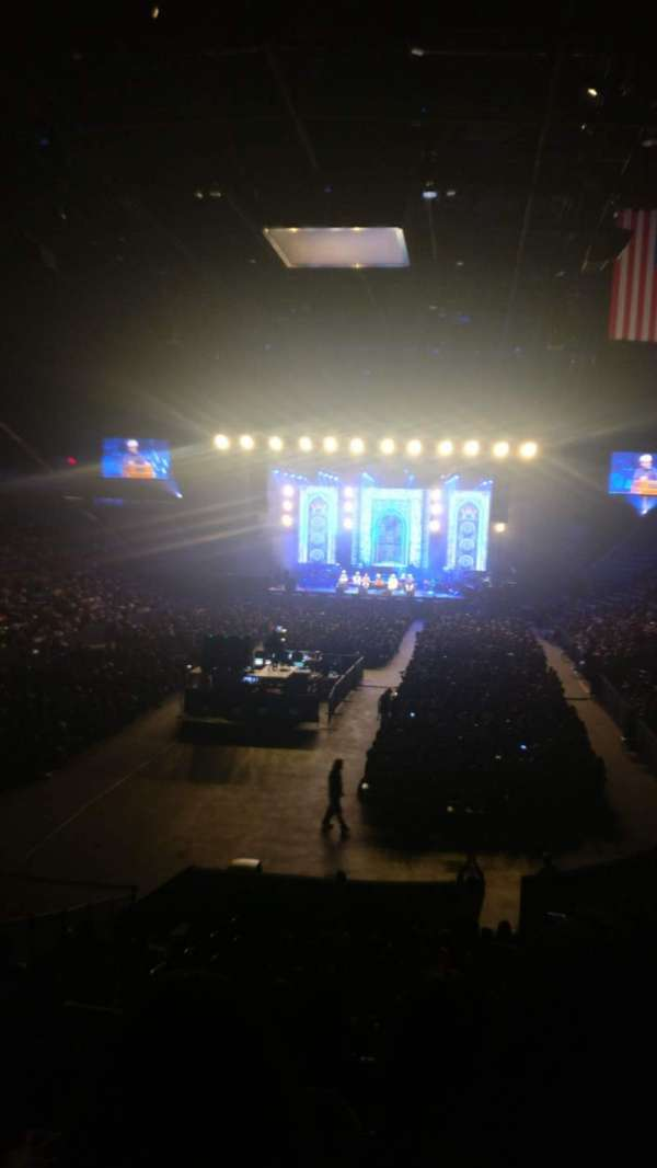 Nassau Veterans Memorial Coliseum, section: 109, row: 10, seat: 16