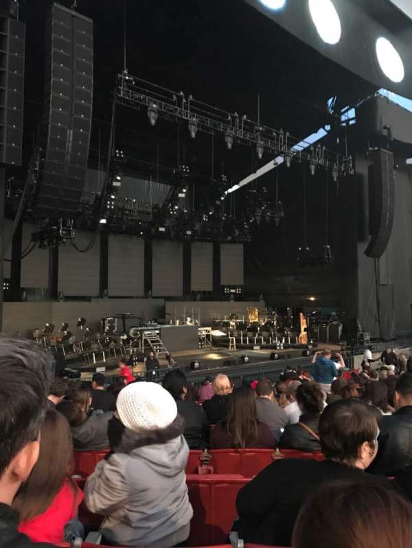 Shoreline Amphitheatre, section: 103, row: L, seat: 12
