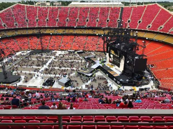 Arrowhead Stadium, section: 322, row: A1, seat: 12