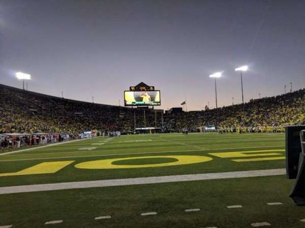 Autzen Stadium, section: Field