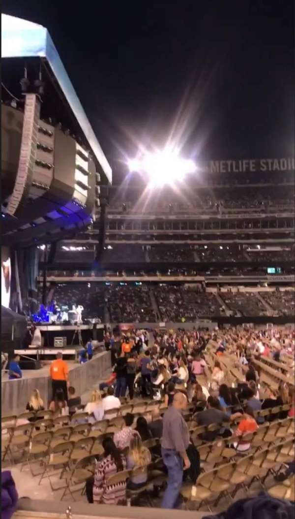 MetLife Stadium, section: 142, row: 2, seat: 9-10