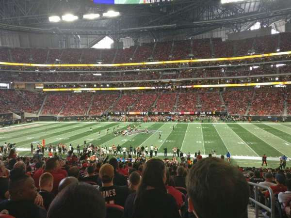 Mercedes-Benz Stadium, section: C127, row: 27, seat: 1
