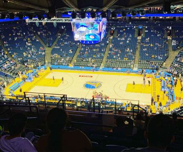 Oracle Arena, section: 231, row: 16, seat: 13