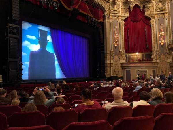 Nederlander Theatre (Chicago), section: Orchestra L, row: R, seat: 21