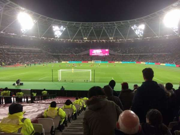 London Stadium, section: 124, row: 22, seat: 519