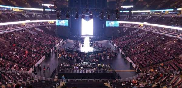 United Center, section: 209, row: 7, seat: 5