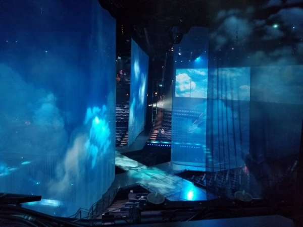 Love Theatre - The Mirage, section: 304, row: AA, seat: 8