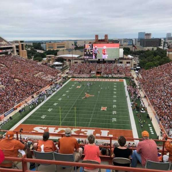 Texas Memorial Stadium, section: 115, row: 10, seat: 7