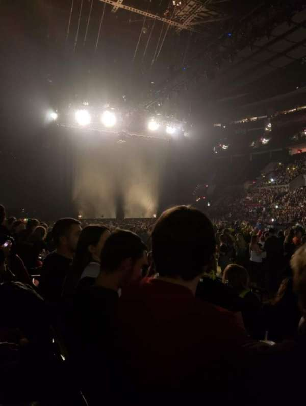 Moda Center, section: 121, row: D, seat: 11