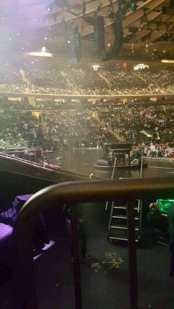 Madison Square Garden, section: 115, row: 4, seat: 3