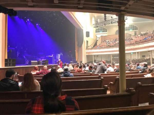 Ryman Auditorium, section: MF-8, row: Q, seat: 4