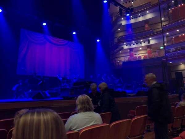 Symphony Hall (Birmingham), section: Stalls, row: B, seat: 28