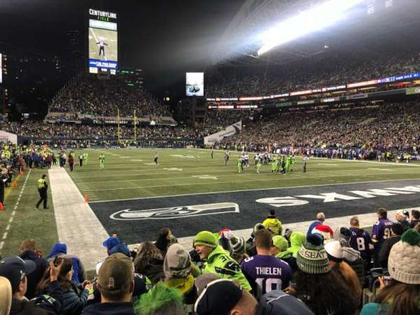 CenturyLink Field, section: 125, row: G, seat: 8