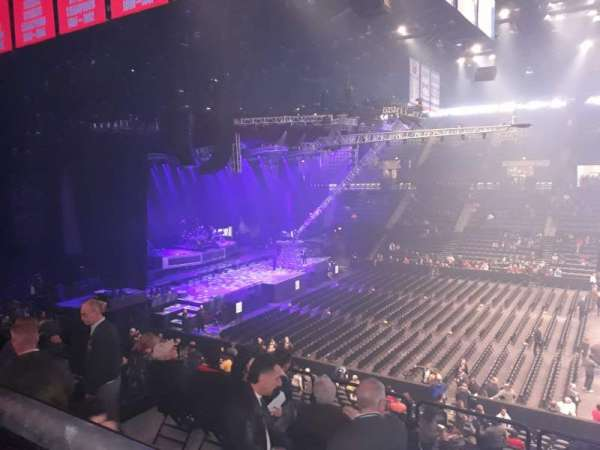 Nassau Veterans Memorial Coliseum, section: 223, row: 1, seat: 5