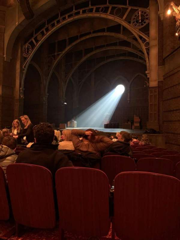Lyric Theatre, section: Orchestra, row: K, seat: 32