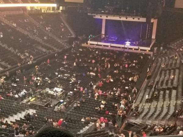 T-Mobile Arena, section: 209, row: B, seat: 15