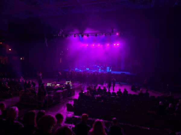 U.S. Cellular Center, section: 101, row: H, seat: 4