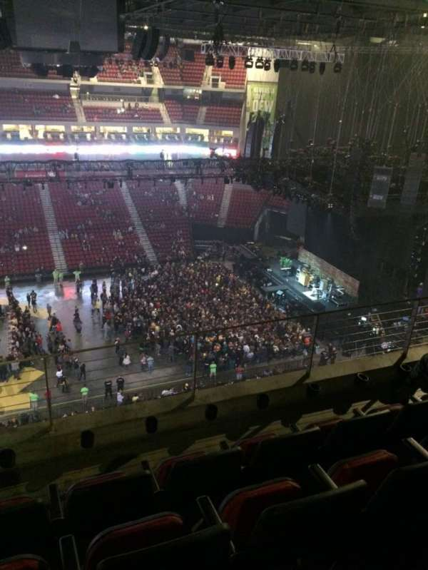 Pinnacle Bank Arena, section: 304, row: 4, seat: 23