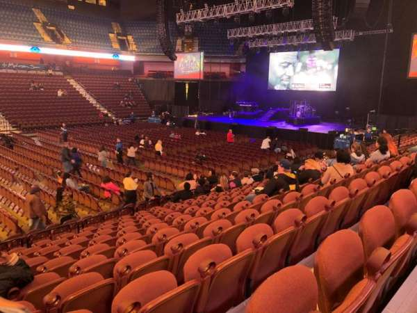 Mohegan Sun Arena, section: 16