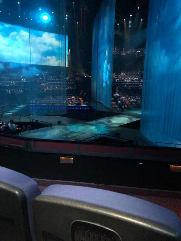 Love Theatre - The Mirage, section: 206, row: L, seat: 9