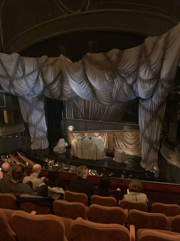 Majestic Theatre, section: Front Mezzanine R, row: E, seat: 16