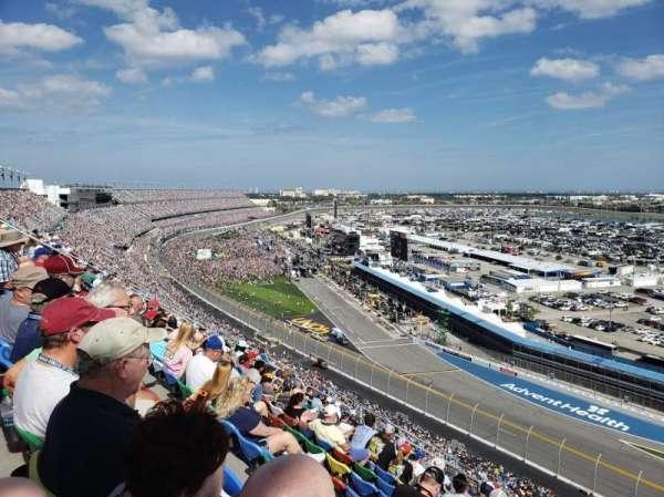 Daytona International Speedway, section: 482, row: 40, seat: 18