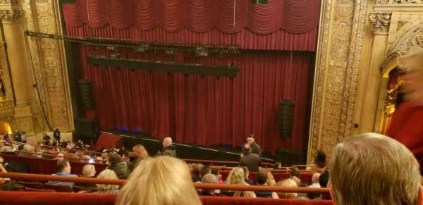 Chicago Theatre, section: balcony 2R, row: G, seat: 112