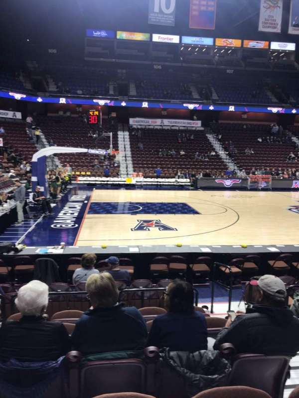 Mohegan Sun Arena, section: 26, row: H, seat: 3