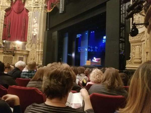 Nederlander Theatre (Chicago), section: Orchestra R, row: L, seat: 32