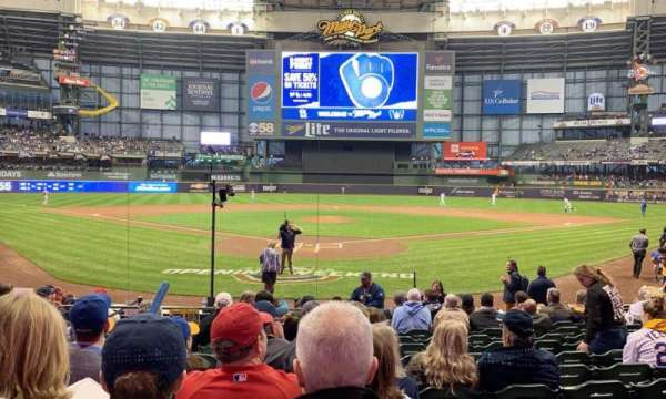 Miller Park, section: 117, row: 13, seat: 4