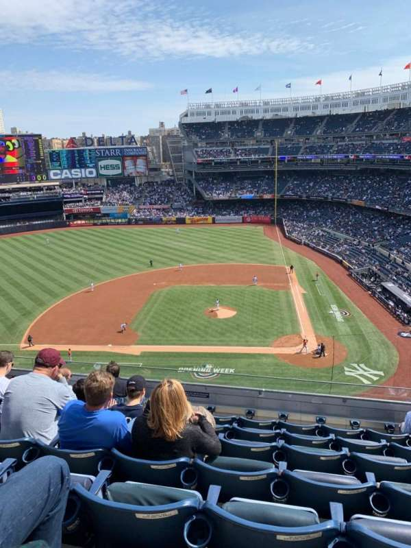 Yankee Stadium, section: 323, row: 7, seat: 8
