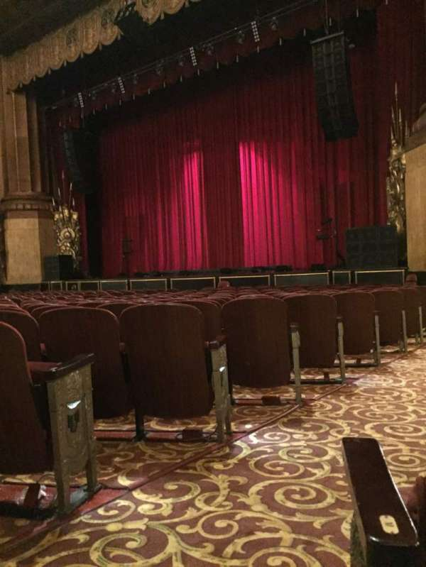Beacon Theatre, section: Orchestra 4, row: N, seat: 30