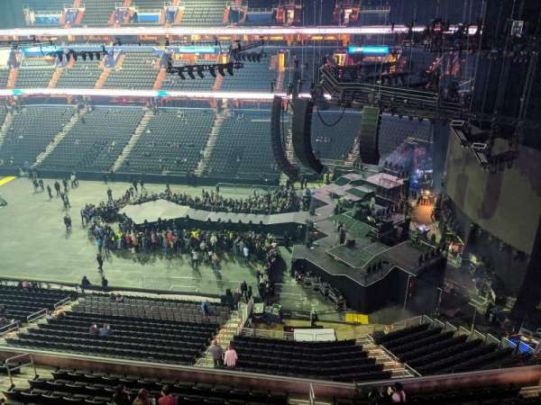 Capital One Arena, section: 419, row: A, seat: 16