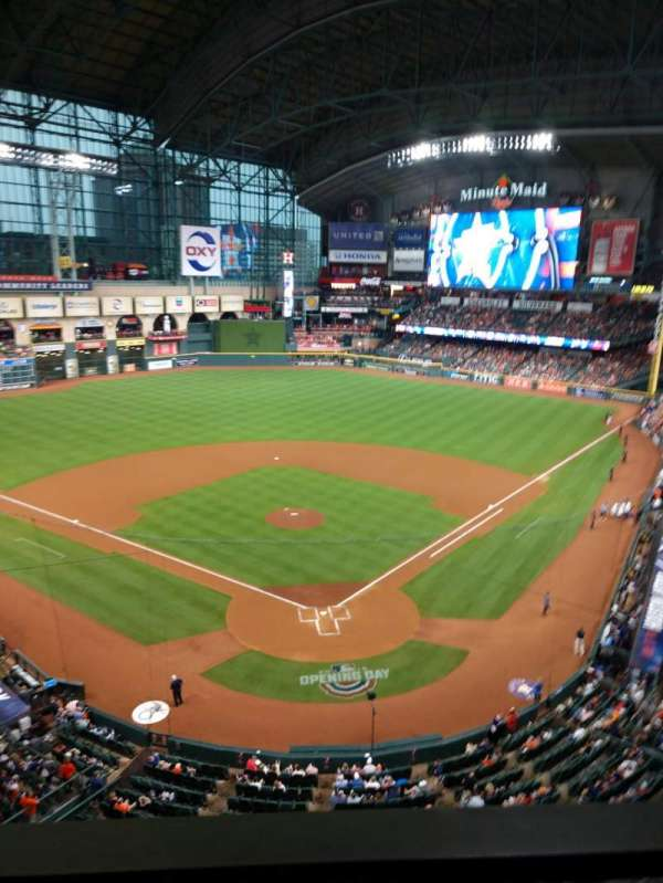 Minute Maid Park, section: 318, row: 1, seat: 11