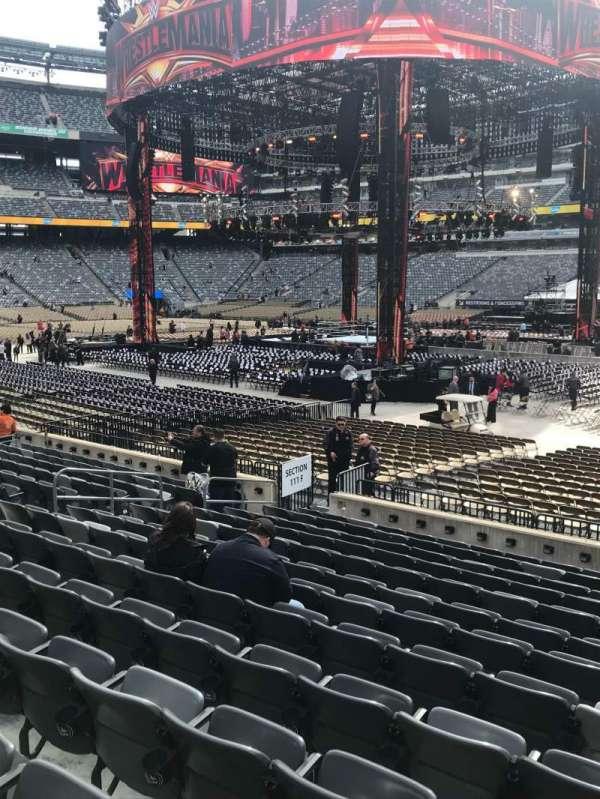 MetLife Stadium, section: 110, row: 13, seat: 8