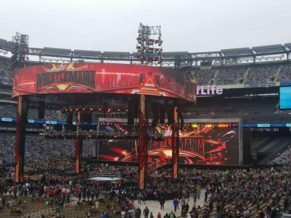MetLife Stadium, section: 123, row: 28, seat: 10