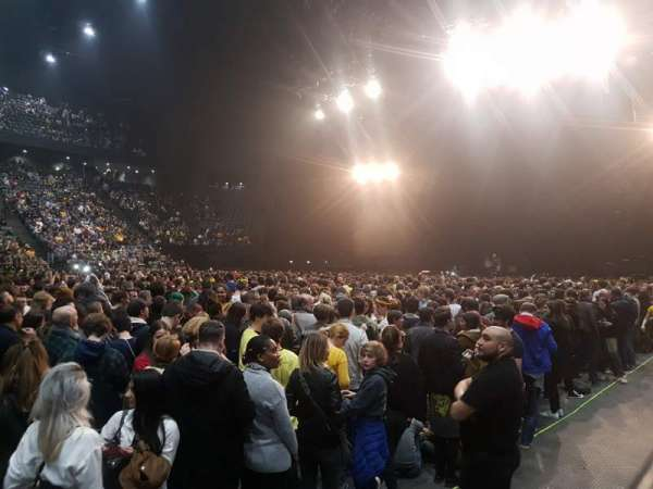 AccorHotels Arena, section: F, row: 28, seat: 4