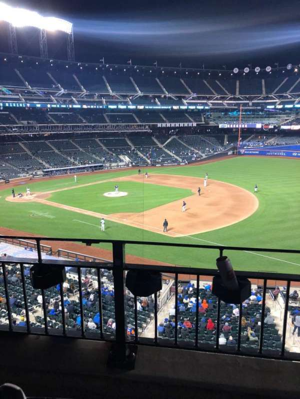 Citi Field, section: 308, row: 2, seat: 4