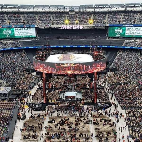 MetLife Stadium, section: 326, row: 13, seat: 14