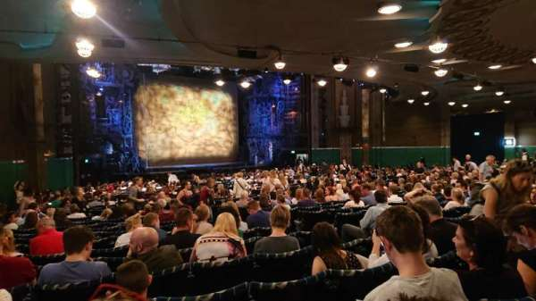Apollo Victoria Theatre, section: Stalls, row: ZE, seat: 44