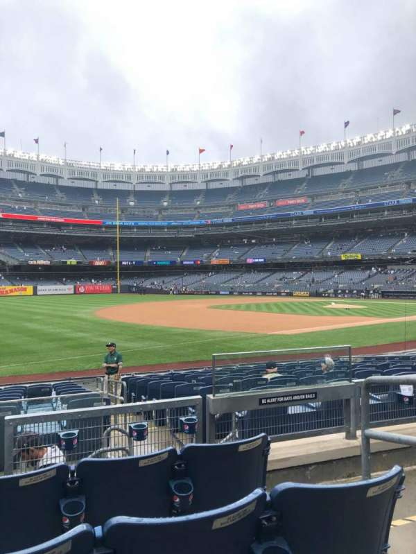 Yankee Stadium, section: 128, row: 4, seat: 3