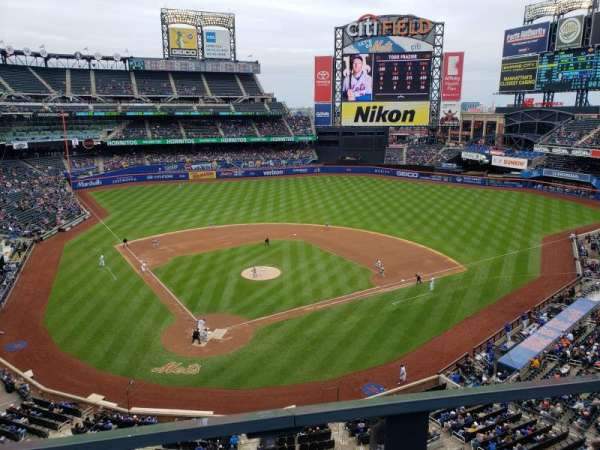 Citi Field, section: 412, row: 1, seat: 1