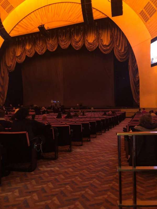 Radio City Music Hall, section: Orchestra 2, row: XX, seat: 213