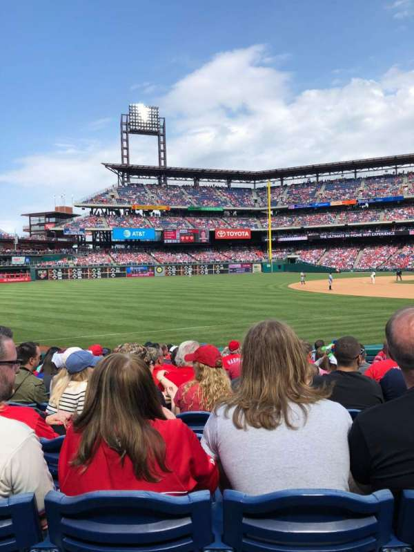 Citizens Bank Park, section: 136, row: 14, seat: 6