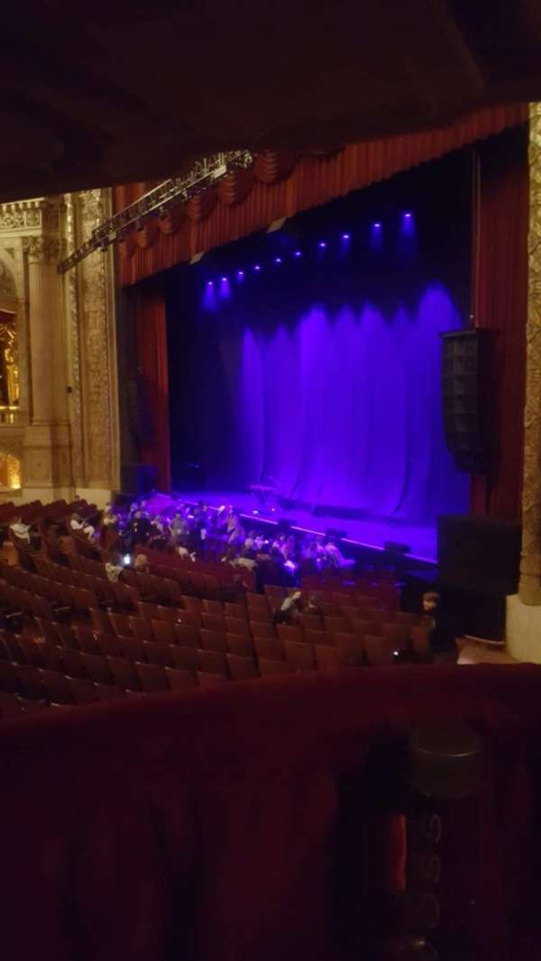 Chicago Theatre, section: Mezzanine Box B, row: 1, seat: 2