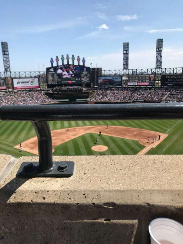 Guaranteed Rate Field, section: 534, row: 1, seat: 3