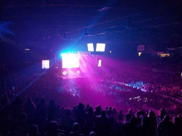 Allstate Arena, section: 216, row: O, seat: 32